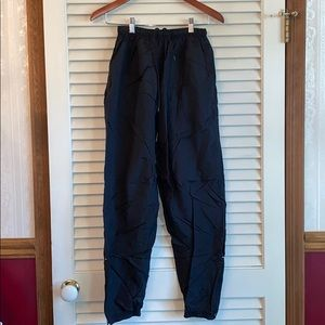 Water resistant wind pants
